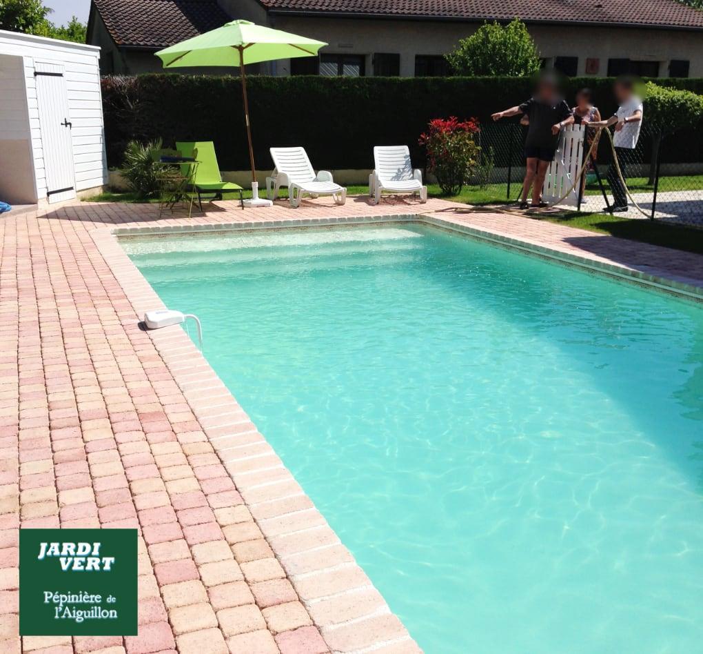 Construction d'une piscine et terrasse en pavé vieilli à Cugnaux