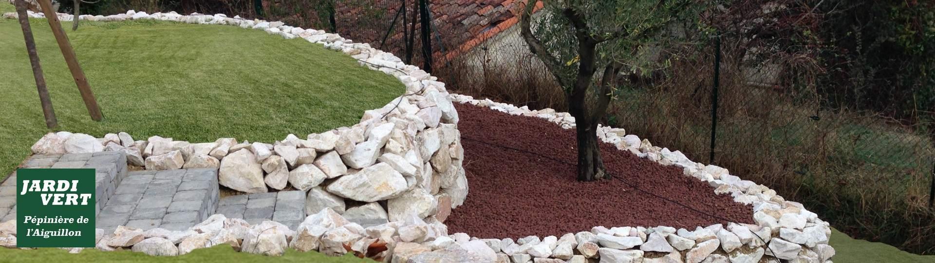 Création d'un escalier de jardin et plantation d'un olivier à Toulouse Rangueil
