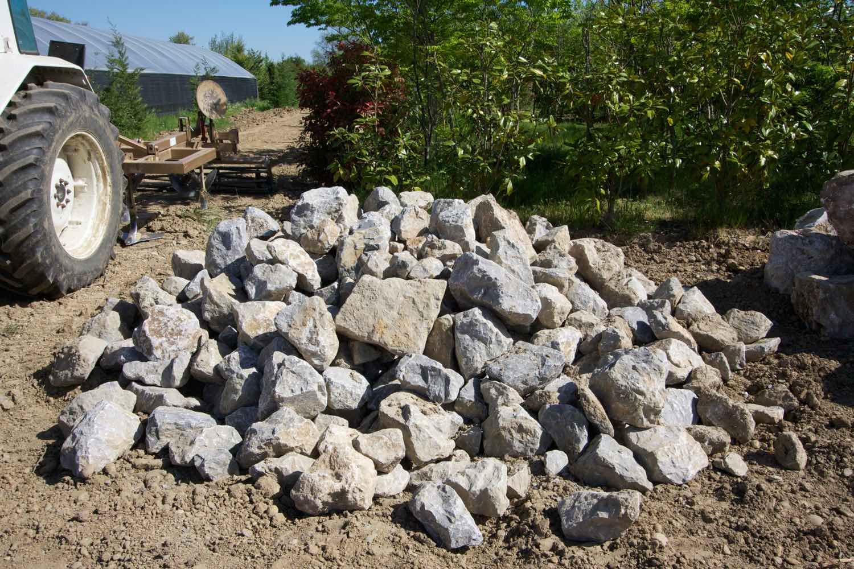 Vente de pierre bleu turquin - Pépinière de l'Aiguillon jardinerie à Frouzins