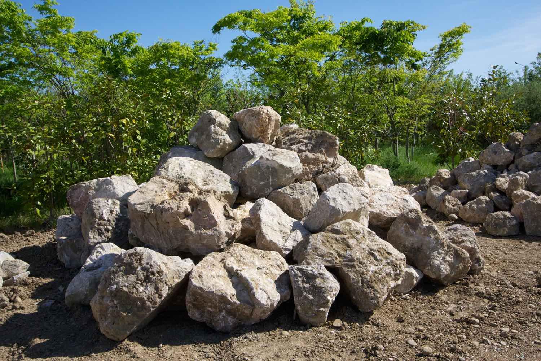 Vente de grosses pierres pour enrochement à Toulouse