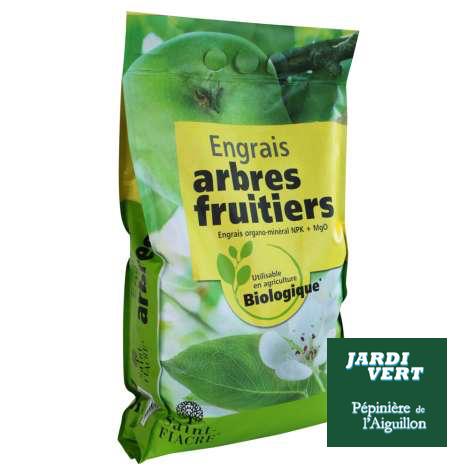Vente d'engrais pour la croissance des arbres, plantes et gazon - Jardinerie et pépinière de l'Aiguillon
